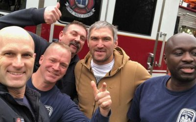 Ovechkin took a picture with firefighters near his house